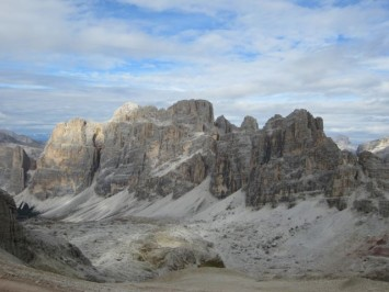 Figura 1 - Las Dolomitas vistas desde lo alto